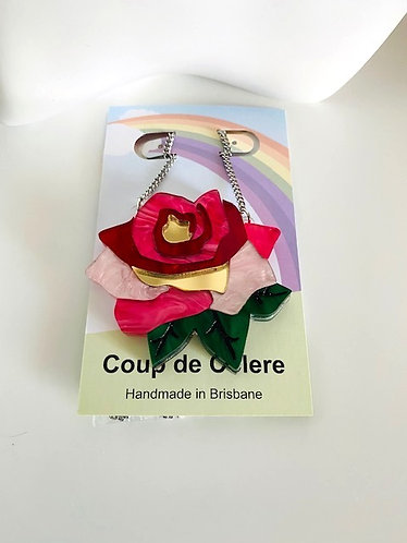 Coup De Colere- Small bramble rose necklace