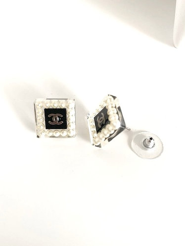 Chanel Square Pearl Earrings