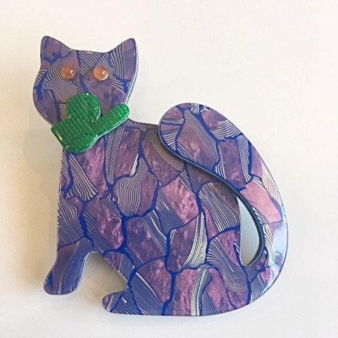 Lea Stein Paris- Watching Cat Purple
