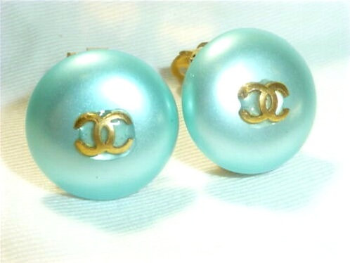 "Vintage Chanel Gold plated ""Mini CC"" Blue Pearl Clipped Earrings"