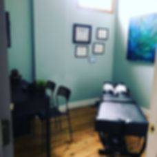 Come check out Dr. Kris's ⭐️ new space ⭐️ at 2122 Bellevue Ave, 63143.jpg