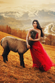 Alessandra6_ohneLogo.jpg