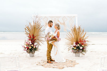 cover Noosa-Beach-Weddiing-STC 78.jpg