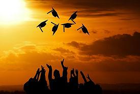 graduation-3649717_640.jpg