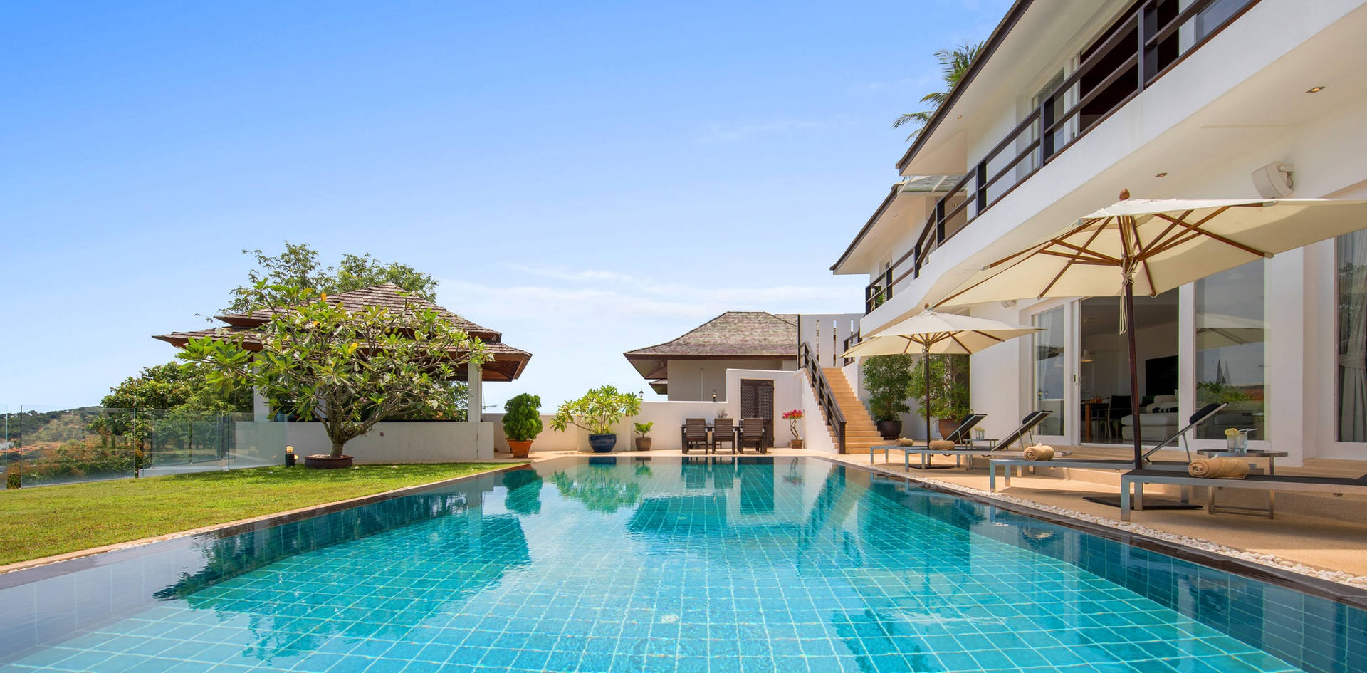 Villa Mullion Cove Pool1 - Villa Mullion C