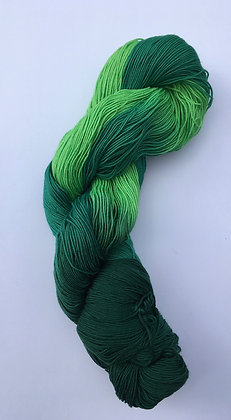 shade F - fine sashiko thread 370m skein green varigated