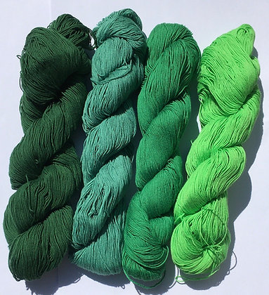 #15 fine sashiko thread 370m skein dark green