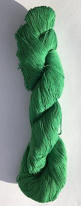 #8 fine sashiko thread 370m skein bright mid green