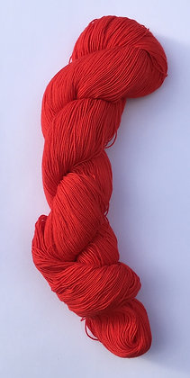 #24 fine sashiko thread 370m skein primary red