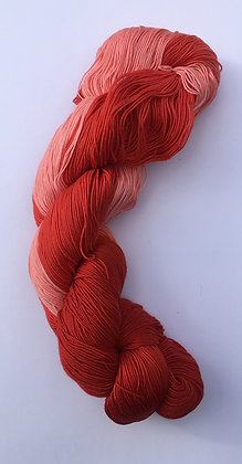 shade B - fine sashiko thread 370m skein red varigated