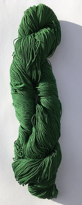 #15 fine sashiko thread 370m skein forest green