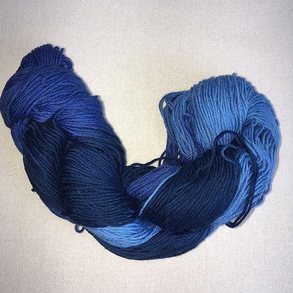 shade A - thick sashiko thread 180m skein blue varigated