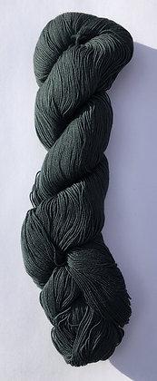 #21 fine sashiko thread 370m skein charcoal/teal