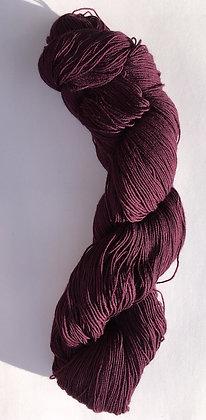 #6 fine sashiko thread 370m skein aubergine purple