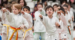 Disciplina y ejercicio en las clases de Tae Kwon Do
