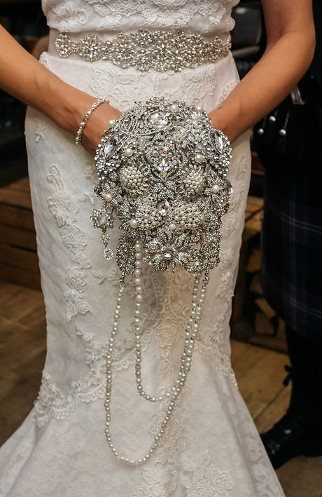 wedding-brooch-bouquet-long.jpg