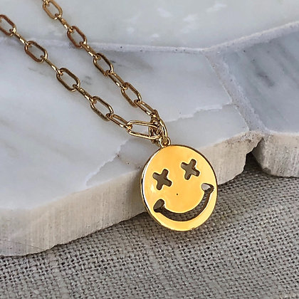 NOT SO SMILE NECKLACE