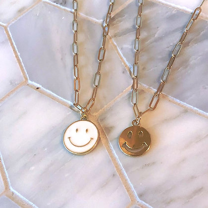 PAPERCLIP SMILEY NECKLACE