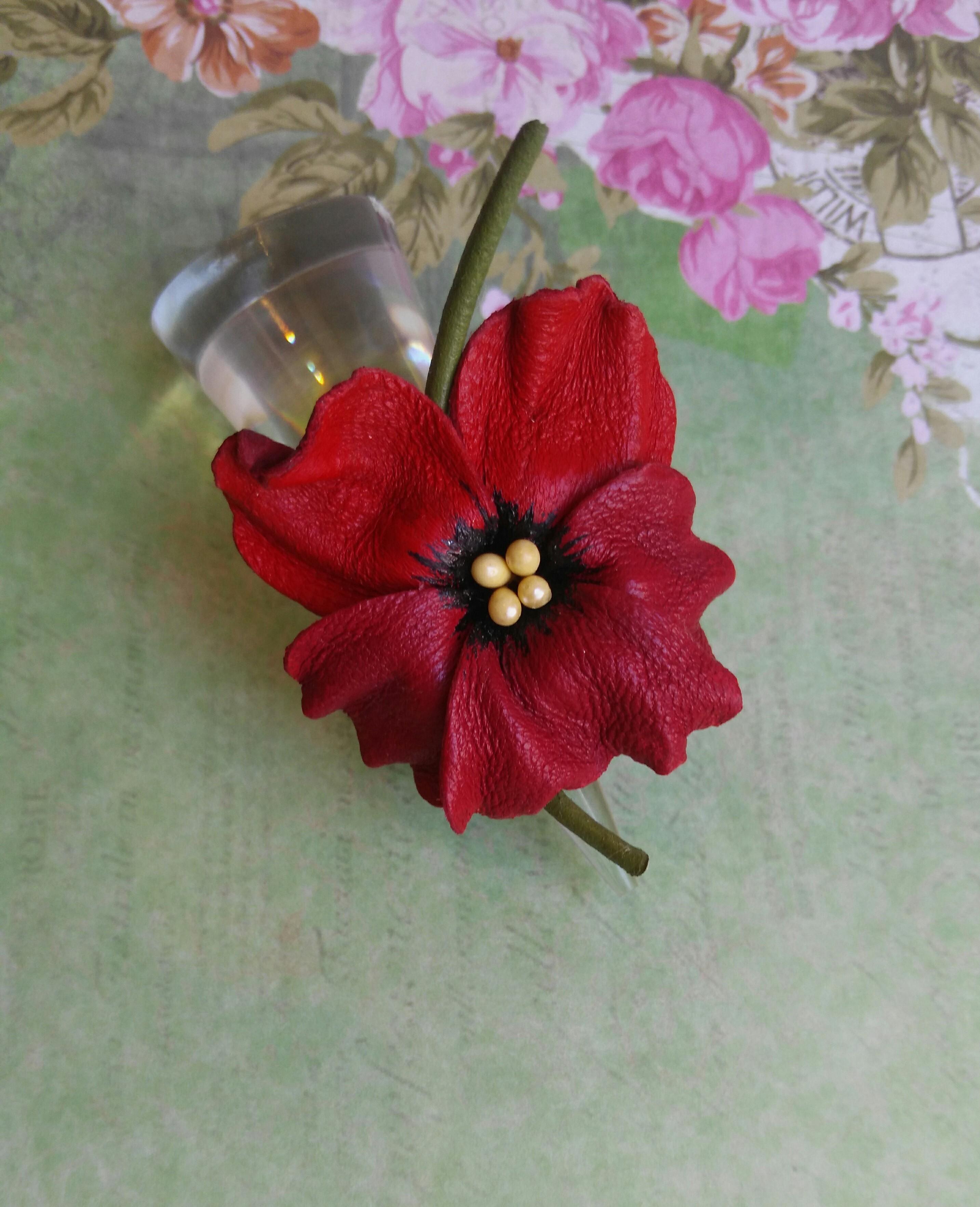 Кольцо Анютка красная вишня