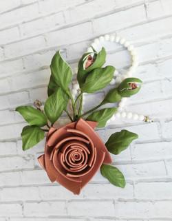 брошь Роза стилизованная