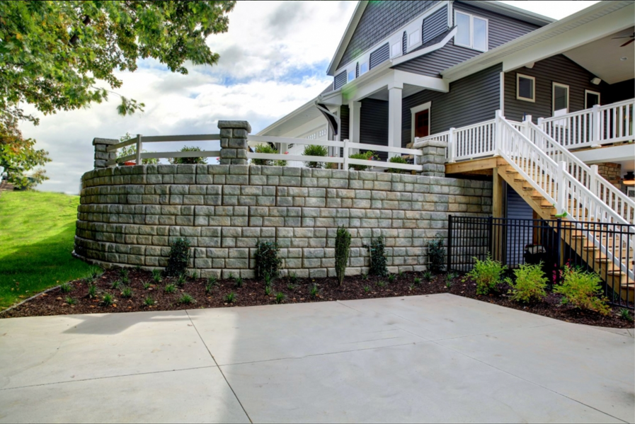 Retaining Wall by Joe Jrs Landscapes