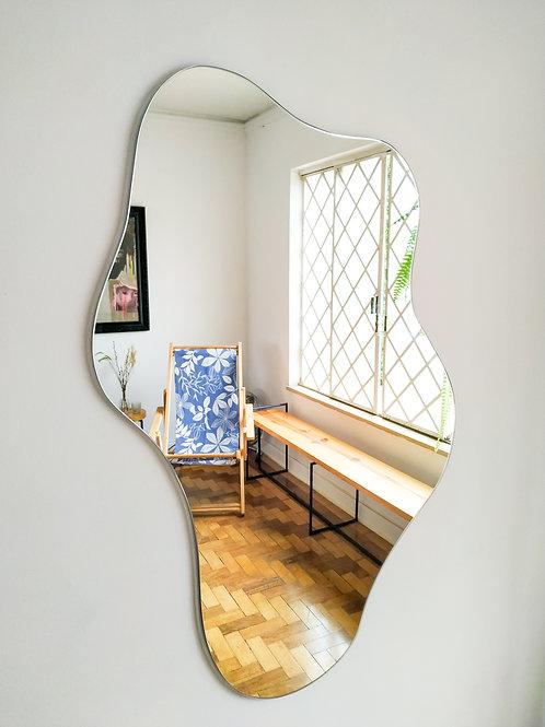 Espelho AMOR(ph)