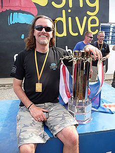 Phil Hartree infinite Skydiving instructor with 16 way trophy