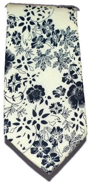 Cream & Navy Floral Skinny Tie