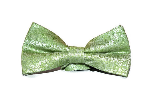 Green Paisley Bow Tie