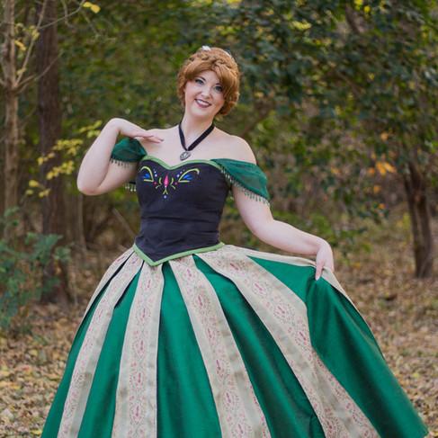 Frozen Sister, Coronation Dress