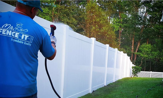 fence privacy vinyl fence