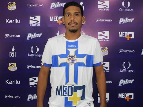 Água Santa acerta o retorno do lateral-direito Jonathan Bocão
