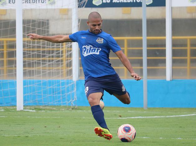 Água Santa renova contrato de Bruno Costa até o fim do Paulistão