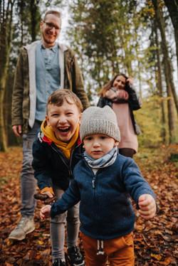 Familienfotos im Wald-4