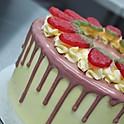 Victoria Sponge Drip Cake