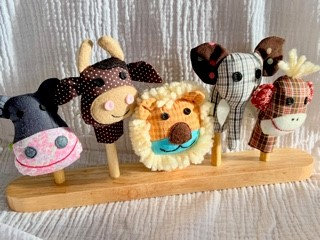 5 Puppets on Wooden Peg by Susie Cooper Kids