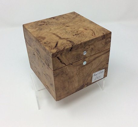 Small Burr Oak box by Andrew Poder