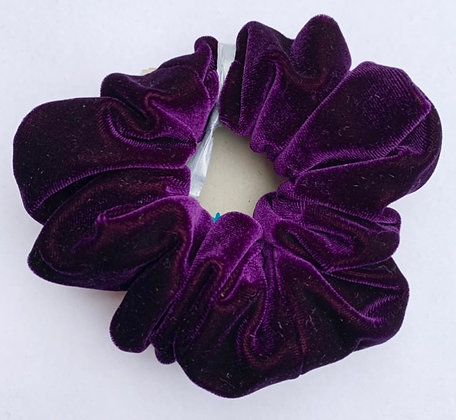 Recycled velvet scrunchie by Shore and Pine