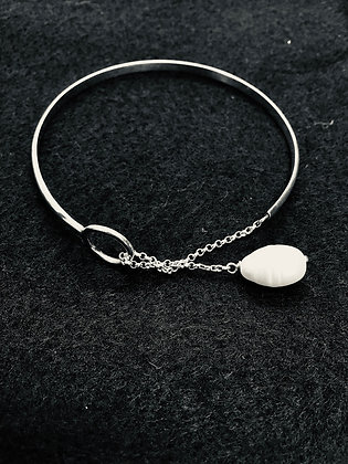 Silver and fresh water pearl bracelet by My Silver Design