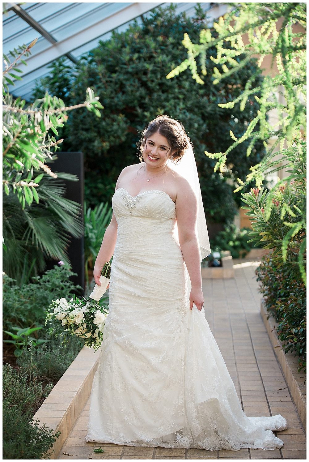 bride at rawlings conservatory