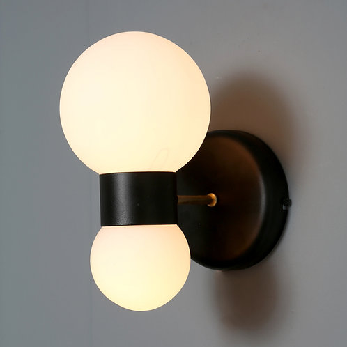 PANTIAS wall light