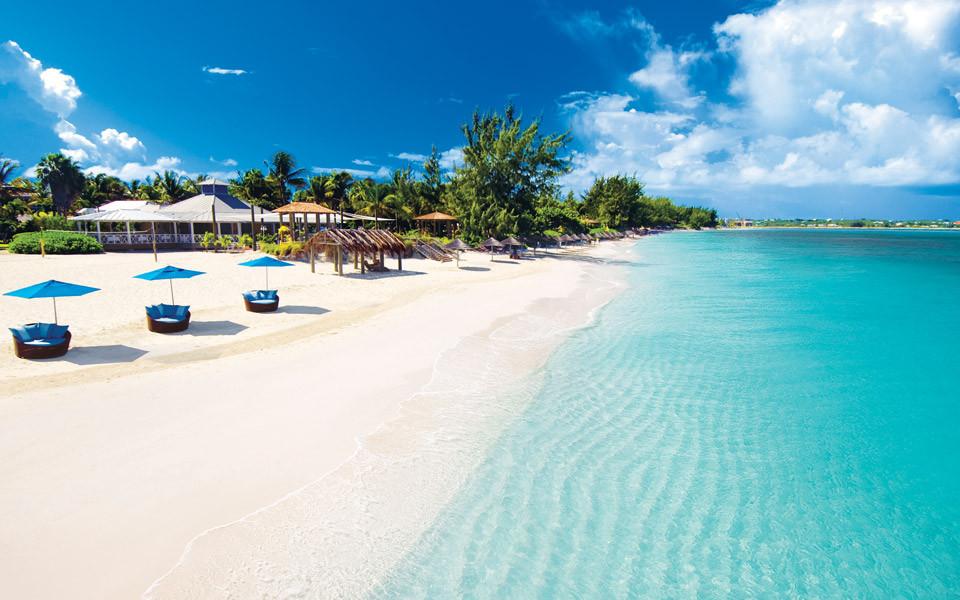 beaches-turks-caicos_bgnd.jpg