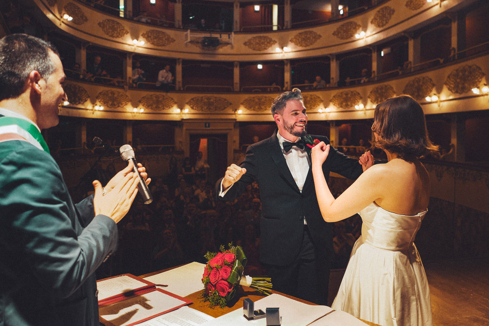 Matrimonio nel Teatro di Pieve di Cento - Bologna