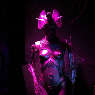 """Roboter made for Corpus Delicti & Francois Boulanger """"Dazwischen"""" record release event  mannequin, cables, foam plates, div found materials 1,80m 2019"""