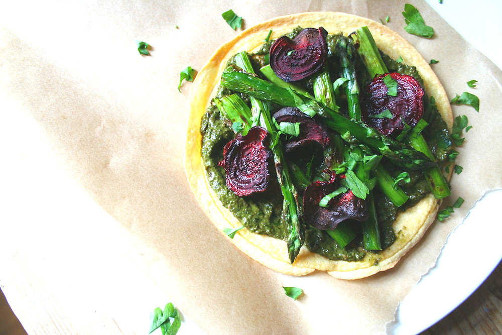 socca pizza with asparagus beetroot pesto and crisps