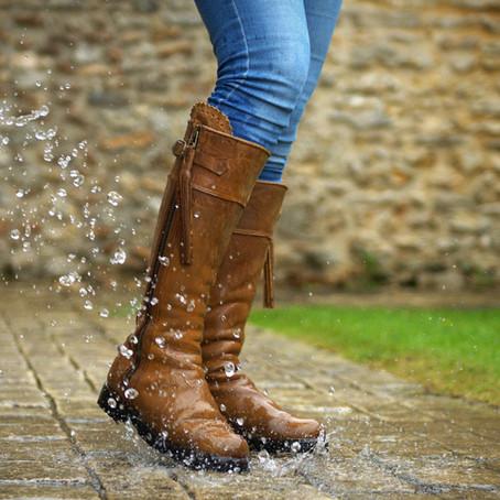 Produit à la Une en ce mois de Juin :   Nos bottes Victoria Pro II résistantes à l'eau!