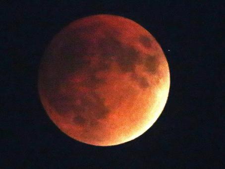 Gemini Lunar Eclipse