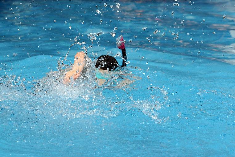 pool-1653632_1920.jpg