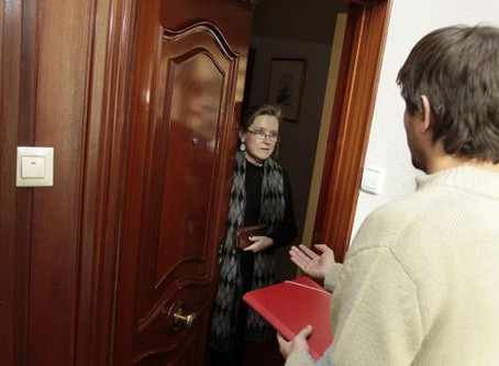 La entrega de un contrato distinto permite al juez anular una compra a domicilio