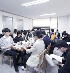 """장편영화 """"붉은 안갯속의 서울"""" 배우 전체리딩"""